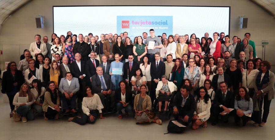 Madrid Implanta Una Tarjeta Social Pionera En España