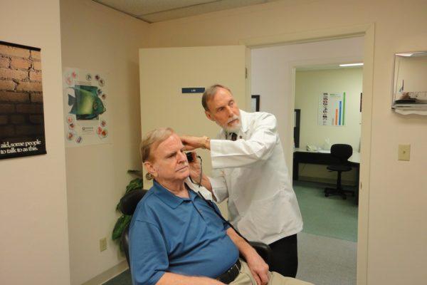 Un Implante Que Cambia El Sonido De La Vida