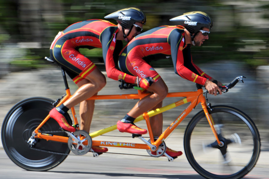 Crédito Para Las Estrellas Del Futuro Del Ciclismo Paralímpico