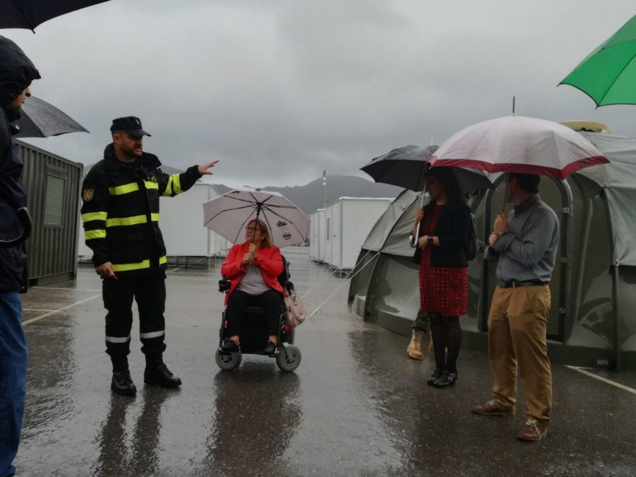 La UME 'rescata Y Evacúa' A Varias Personas Con Discapacidad