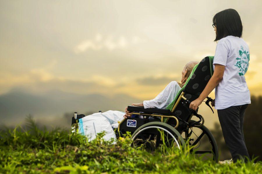 La Mitad De Las Personas Con Familiares Con Discapacidad Han Tenido Que Rechazar Un Empleo Para Poder Cuidarlos