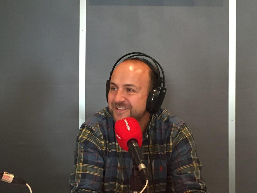 """Gustavo García: La Radio Que Se Puede Leer """"es Una Idea Muy Brillante"""""""