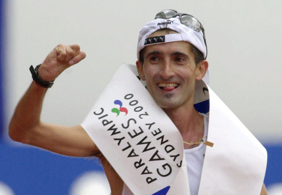 Javier Conde, Correr Sí Es De Valientes