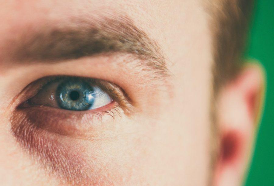 Los Ojos Que Ven Todo
