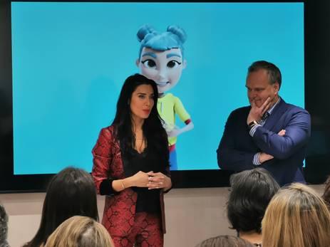 Pilar Rubio, Embajadora De Un Proyecto Para Ayudar A Los Niños Sordos A Aprender A Leer