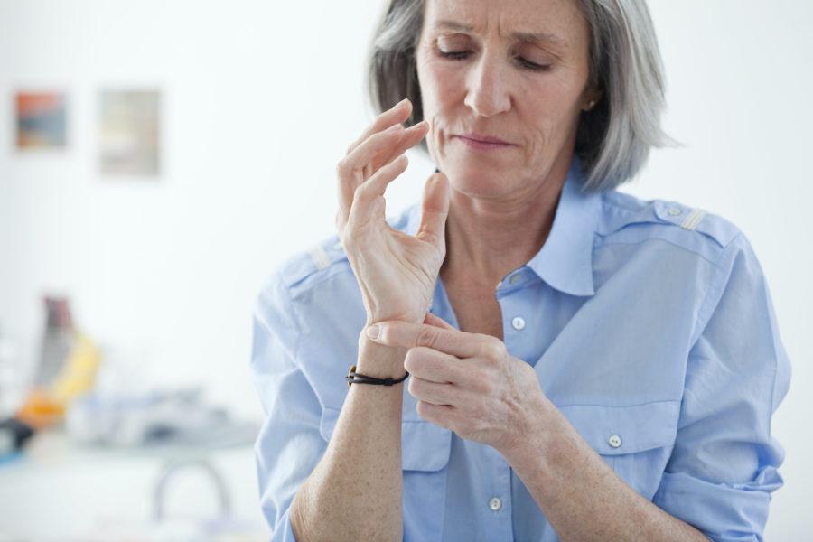 Miles De Pacientes De Artrosis Podrían Quedarse Sin Un Tratamiento Accesible