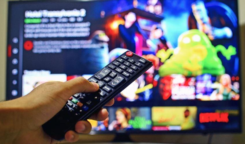 """""""La Audiodescripción Y La Lengua De Signos Permanecen Todavía Estancadas En La Televisión"""""""